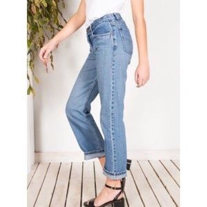 {LEVI'S} VINTAGE 501 BUTTON FLY STRAIGHT LEG
